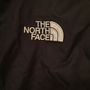 The North Face Jackets & Coats - Girls 'The North Face' black windbreaker